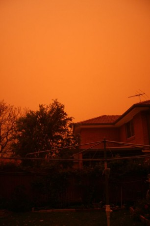 Foreboding sight: Sydney's dust storm